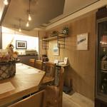 日本酒バー オール・ザット・ジャズ - カウンターコーナー