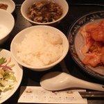 上海台所 味庵 - 海老チリソースランチセット