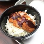 宮きしめん 神宮店 - 熱田の杜セットの味噌カツ