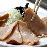 風来居 - 数量限定 ホエー豚のトロ肉