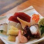吉乃寿司 - 刺し盛り1人前