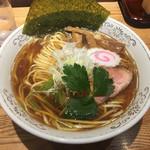 神田 勝本 - 清湯そば730円