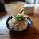 炭焼き ミンナミ食堂 - 手作り豆腐の冷奴