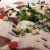 半熟玉子と生ハムのサラダ
