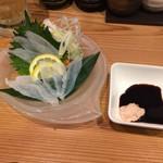 居酒屋 磯飯倶楽部 - カワハギ刺を肝醤油で