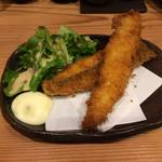 居酒屋 磯飯倶楽部 - 魚のフライはクロ