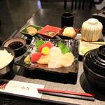和食 DINING 小島 - 料理写真:お刺身ランチ