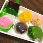 松楽菓子司 - 色とりどりのお菓子たち♪