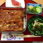 鰻勝 - 料理写真:うな重 松 ¥3000
