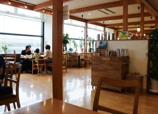 森のレストラン ライアン 青森空港店 - 店内の雰囲気