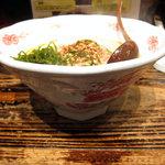 たんたん麺 日本橋やまべぇ - 器が面白い
