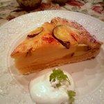 GROSVENOR CAFE - サツマイモのタルト