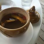 三笠 - 薬膳スープが美味しい