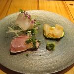 旬鮮彩鮨 豊のはなれ - 料理写真:ヤヒロとミル貝と定置網の歯鰹
