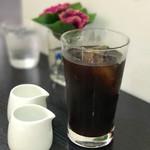 カフェ・コムサ - アイスコーヒ 税込650円