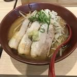 拉麺 大公 - 【2017.6.21】焼き味噌 3枚チャーシュー¥920