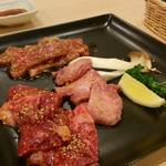 焼肉バル ロッキーズ - 料理写真:Bセット(上カルビ、三角バラ、上タン塩)