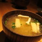 鈴しろ - 大根と油揚げの味噌汁