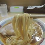 煮干鰮らーめん 圓 - 麺