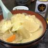 食堂ニューミサ - 料理写真:豚汁ラーメン。相変わらず美味しい。麺たっぷり。夜は味噌ラーメンのニンニクの方があう