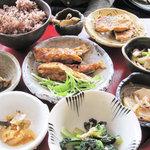 ナチュラルフード ビレッジ - 玄米菜食定食