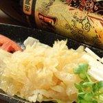 ドラゴンゲート - キャノンボールはコリコリした食感がたまらないクラゲのアタマ人気メニュー