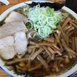 ケンちゃんラーメン - 料理写真:大盛ネギメンマ ¥980