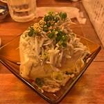かごっま屋台 火の玉ボーイ - しらす豆腐