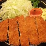 とん吉 - ロースカツ定食