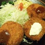 とん吉 - コロッケ定食