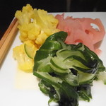 むとす - カリフラワーと季節の野菜の甘酢漬け