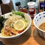 麺家 神明 - サラダつけ麺①