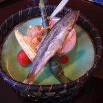 日本料理 対い鶴 - 前菜:稚鮎、粽、ミニトマト、ヤングコーン。