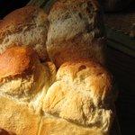 こっふぇる梅太郎 - 山型食パンと石臼挽き全粒粉食パン