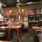 焼肉酒場 すみびや - 大正昭和テイストの店内