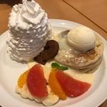 69805895 - クッキー&フルーツのパンケーキ@1400円ザ パーク フロント ホテル店限定