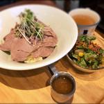 ワイン酒場 GabuLicious - ランチ ローストポーク丼