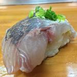 大和田鮨 - 大和田鮨(大分県別府市北浜)地魚にぎり 3000円・関あじ