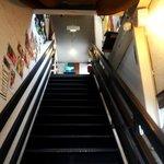 ねぎ庵 - お店は階段を上がって2階