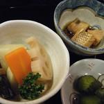 やまと - ミニ親子丼定食(小鉢)
