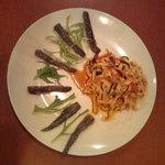 崟泉楼 - 前菜 干し豆腐の冷菜