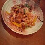 崟泉楼 - 鶏肉とカシューナッツピリ辛炒め