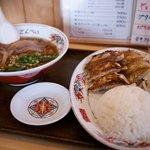 ごんべい - 料理写真:ごんべい 餃子セット