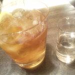 ローストビーフ&チーズフォンデュ食べ放題ダイニングビアバー ウォルトンズ  - ダージリンティ(アイス)