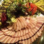 イタリアンカフェ マリナーラ - ランチビュッフェの一例。鴨のロースト。