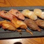 69828635 - 尾崎牛炙り&ホタテ&南まぐろトロ&赤貝にぎり