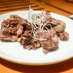 焼肉 名門 - 茹でた牛テール