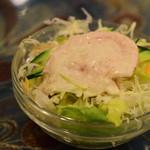スーリヤ - セットのサラダ