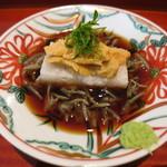69835768 - 大和芋と長芋のジュレ寄せ 塩ウニ乗せと秋田県産ジュンサイ