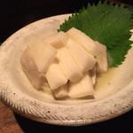 お好み焼き いまり - 山芋のわさび漬け¥450